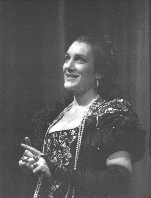 Harriet Walter as the Duchess of Malfi